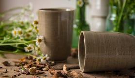 Tazza marrone ceramica Fotografia Stock
