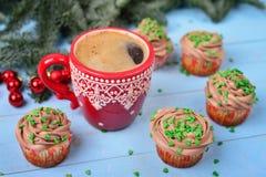 Tazza rossa con caffè Fotografia Stock Libera da Diritti
