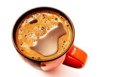 Tazza rossa di caffè nero fotografia stock libera da diritti