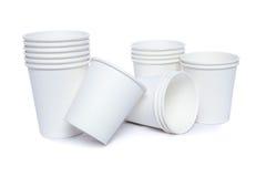 Tazze del cartone per le bevande di freddo e calde Fotografie Stock