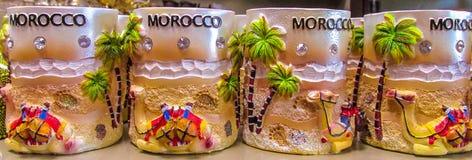 Tazze del ricordo del Marocco al negozio Immagine Stock Libera da Diritti