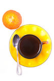 Tazze e dolci di caffè Fotografia Stock Libera da Diritti