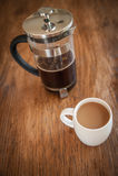 Tazze e tuffatore bianchi del caffè immagini stock libere da diritti