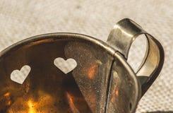 Tazze in una forma di cuore Immagine Stock