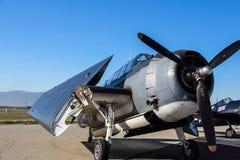TBF-Wrekerbommenwerper op tarmac stock foto