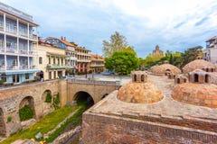 13 04 2018 Tbilisi, Γεωργία - αρχιτεκτονική της παλαιάς πόλης της φυματίωσης Στοκ εικόνα με δικαίωμα ελεύθερης χρήσης