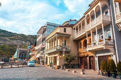 13 04 2018 Tbilisi, Γεωργία - αρχιτεκτονική της παλαιάς πόλης της φυματίωσης Στοκ φωτογραφία με δικαίωμα ελεύθερης χρήσης
