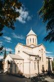 Tbilisi Γεωργία Εκκλησία Kashveti του ST George, άσπρη της Γεωργίας Ορθόδοξη Εκκλησία του ύφους διαγώνιος-θόλων Στοκ Εικόνα