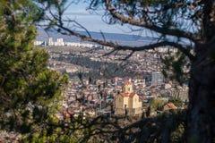 Tbilisi και μοναστήρι Tabor Στοκ φωτογραφία με δικαίωμα ελεύθερης χρήσης