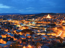 Tbilisi bij nacht Stock Fotografie