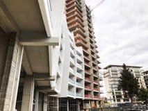 TBILISI, GEORGIA - 17 MARZO 2018: Costruzione di nuovo alto edificio residenziale dell'appartamento a Tbilisi, Georgia Fotografie Stock