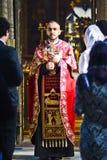 Tbilisi Georgia, November 16, 2014: Georgisk ortodox präst du Royaltyfri Fotografi