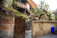 13 04 2018 Tbilisi, Gruzja - architektura stary Tbilisi, Exter Zdjęcia Stock