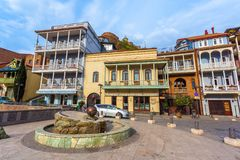13 04 2018 Tbilisi, Gruzja - architektura Stary miasteczko Tb Zdjęcia Stock