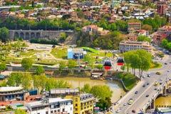 Tbilisi, Gruzja funicular miasto linia horyzontu i Zdjęcie Stock