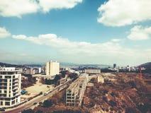 TBILISI GRUZJA, KWIECIEŃ, - 06, 2018: Widok na brudnej budowie w Tbilisi, Gruzja Obraz Stock