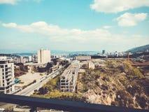 TBILISI GRUZJA, KWIECIEŃ, - 06, 2018: Widok na brudnej budowie w Tbilisi, Gruzja Obrazy Stock