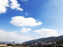 TBILISI GRUZJA, KWIECIEŃ, - 06, 2018: Widok od balkonu miasto Tbilisi, Gruzja Zdjęcia Royalty Free