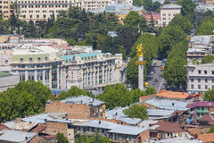 TBILISI GRUZJA, MAJ, - 07, 2016: Tbilisi centrum miasta widok z lotu ptaka Zdjęcia Stock