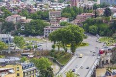 TBILISI GRUZJA, MAJ, - 07, 2016: Tbilisi centrum miasta widok z lotu ptaka Obrazy Stock
