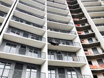 TBILISI GRUZJA, MARZEC, - 27, 2018: Budowa nowy wysoki mieszkaniowy budynek mieszkaniowy w Tbilisi, Gruzja Obrazy Stock
