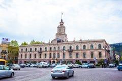 Tbilisi, Gruzja 13 04 2018 - Urząd Miasta na swoboda kwadracie wewnątrz wewnątrz Obraz Royalty Free