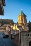 Tbilisi, la Géorgie - 18 juillet 2015 Vue XIII de siècle St George Photos stock