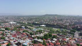 Tbilisi miasta widok z lotu ptaka Most pokój, pałac prezydencki, Sameba zdjęcie wideo