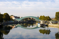 Tbilisi - pont de pease Photographie stock