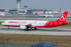 TC-ATH AtlasGlobal Airlines, Airbus A321-231 Stock Images