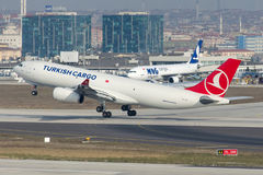 Tc-JCI Turkish Airlines-Ladingsluchtbus A330-243F Stock Foto