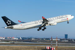 TC-JDL土耳其航空,空中客车A340-311马拉兹吉尔特 库存照片