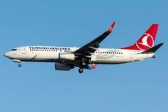 TC-JGD Turkish Airlines, Boeing 737 - 800 namngav NEVSEHIR Royaltyfri Fotografi