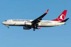 TC-JGD Turkish Airlines, Boeing 737 - 800 nomearam NEVSEHIR Fotografia de Stock Royalty Free