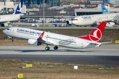 TC-JGS Turkish Airlines, Boeing 737-8F2 nominato KAHRAMANMARAS immagini stock libere da diritti
