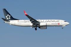 TC-JHC土耳其航空, 737-8F2名为伊斯肯德伦的波音 免版税图库摄影