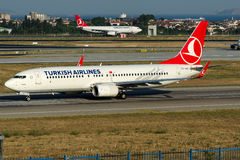 TC-JHT Turkish Airlines , Boeing 737-8F2 named BINGOL Stock Photos