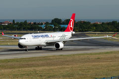 TC-JIR Turkish Airlines, Airbus A330-223 named CATALHOYUK Stock Photos