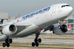 Tc-JIY Turkish Airlines, Luchtbus A330-223 genoemd LALE (TULP) Stock Foto