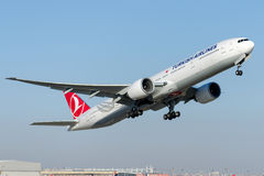 TC-JJU Turkish Airlines, Boeing 777-8F2 BUYUKADA Stockfoto