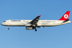 TC-JMK Turkish Airlines, Airbus A321-231 named USKUDAR Stock Photos