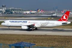 TC-JMN Turkish Airlines, Airbus A321-231 ESENLER Imagens de Stock