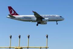 TC-JPA Turkish Airlines Aerobus A320-232 MUS Zdjęcia Stock