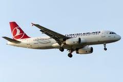 TC-JPK土耳其航空, A320-232名为埃尔代克的空中客车 图库摄影