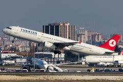 TC-JRG Turkish Airlines, Aerobus A321-231 zwany FINIKE Obrazy Stock