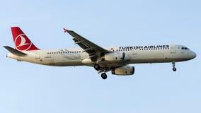 TC-JRS Turkish Airlines, Airbus A321-231 nomeado DATCA Fotografia de Stock Royalty Free