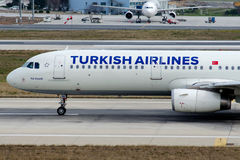 TC-JSD Turkish Airlines, flygbuss a321-231 KIZ KULESI Royaltyfri Bild