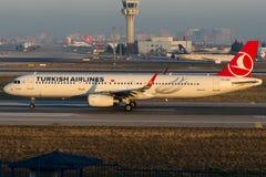 TC-JSE Turkish Airlines, Aerobus A321-231 zwany KIZILIRMAK Zdjęcie Royalty Free