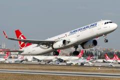 TC-JSN Turkish Airlines, Airbus A321-200 nomeado YUKSEKOVA Imagens de Stock