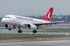 TC-JUA Turkish Airlines, Aerobus A319-132 SILIVRI Obrazy Stock